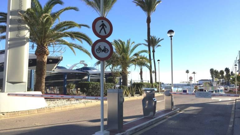 Puerto de La Duquesa mejora el sistema de acceso y comunicaciones para sus usuarios