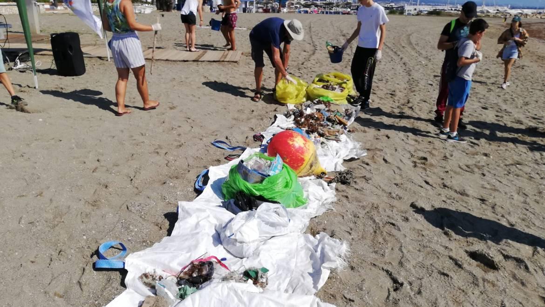 La VII Gran Limpieza Internacional de Fondos Marinos retira del entorno marino cerca de 9 toneladas de residuos