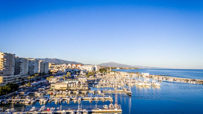 The Marina of Estepona collaborates with the XI Interclubs of the Strait