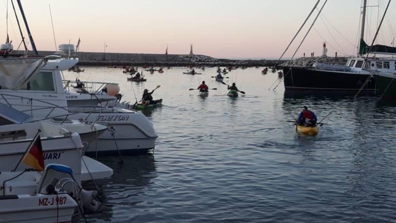 El Puerto Deportivo de Estepona acoge el 5º Open de Pesca en Kayak Villa de Estepona