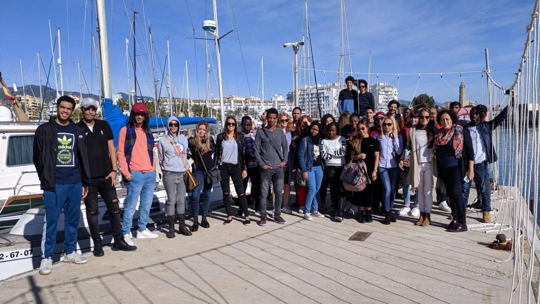 Des étudiants de l'école de commerce visitent Estepona Marina