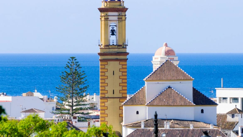 5 reasons to come to Estepona