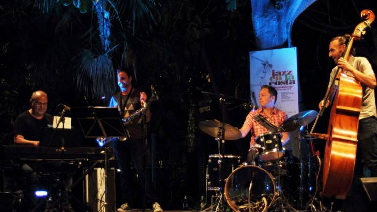 Marina del Este welcomes a jazz concert in its facilities