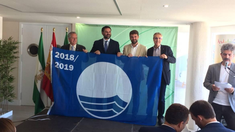 MARINAS DEL MEDITERRÁNEO RECOGE LAS BANDERAS AZULES DE SUS TRES PUERTOS DEPORTIVOS