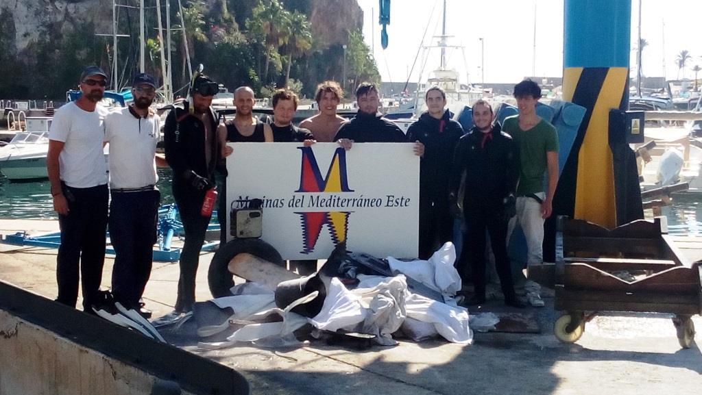 The Marina of Estepona hosts a Marine Garbage Awareness Workshop