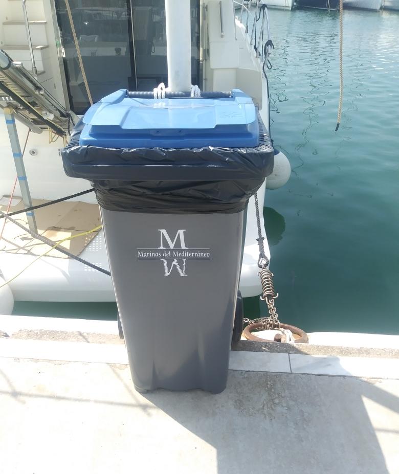 El Puerto Deportivo de Estepona continúa con su plan bianual de mejora y adecentamiento de sus instalaciones