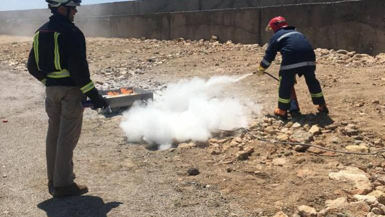 Marina del Este staff attends training on fire fighting and management of hydrocarbons
