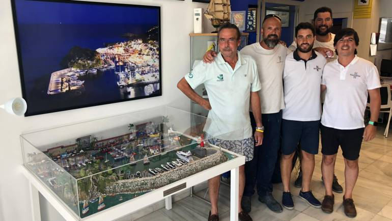 A model from the puerto deportivo Marina del Este