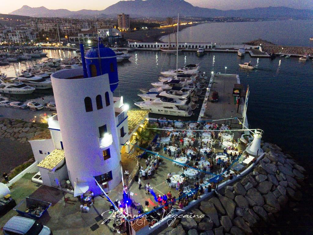 Marinas del Mediterráneo da carácter benéfico a sus tradicionales 'sardinadas' en los puertos deportivos de Estepona y La Duquesa