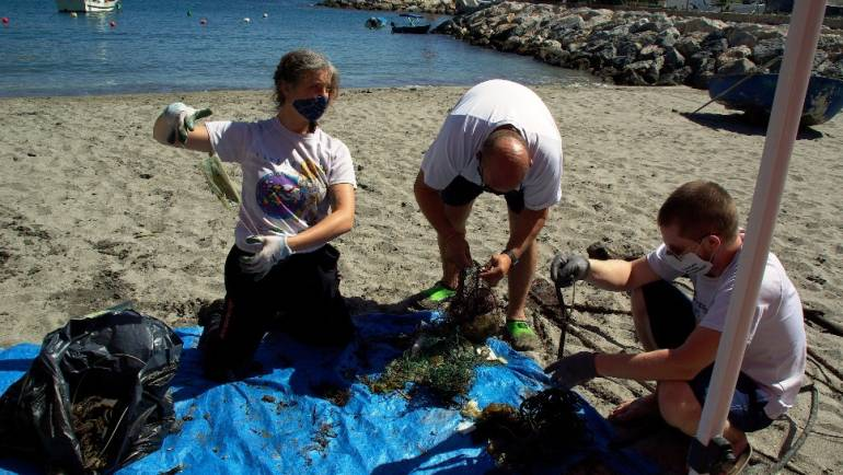 The VI International Seabed Cleanup Withdraws 5,5 tons of waste