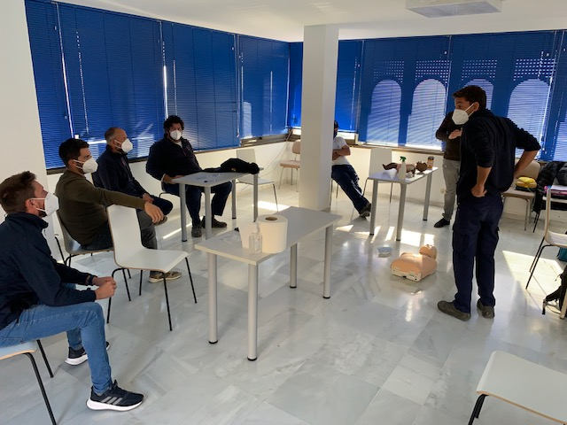 Marina del Este staff take a cardiopulmonary resuscitation course