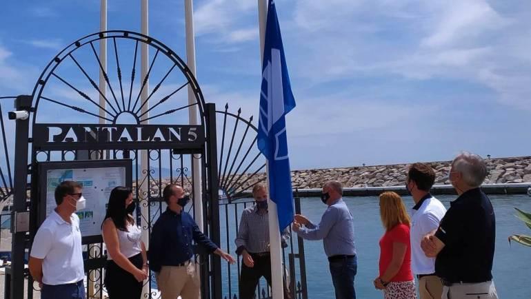 Erstklassige Dienstleistungen und Einrichtungen, die von 24 aufeinanderfolgende Jahre mit der Blauen Flagge